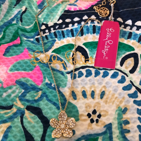 Lilly Pulitzer Floral Pendant Necklace NWT
